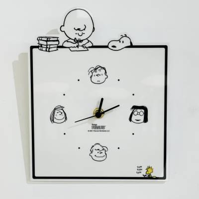 Snoopy アクリル壁掛け時計