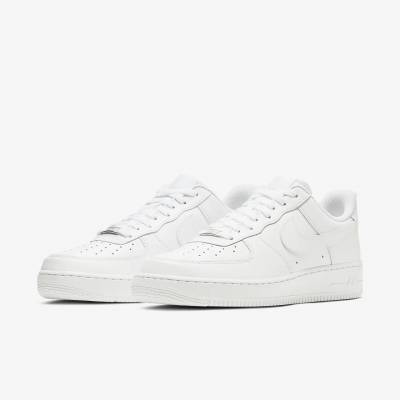 【ESSENCE BP】1/30(土)NIKE AIR FORCE 1'07発売!!